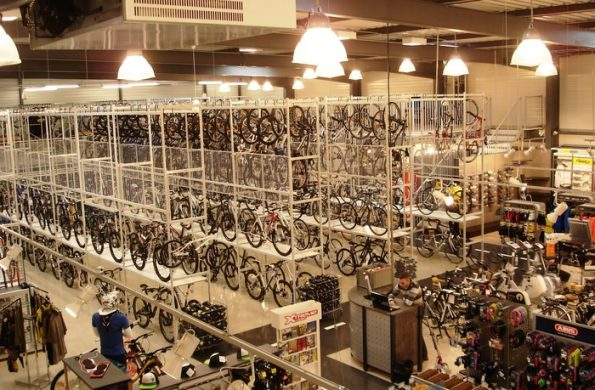 bicycle-storage-shop-fitting-long-span-shelving