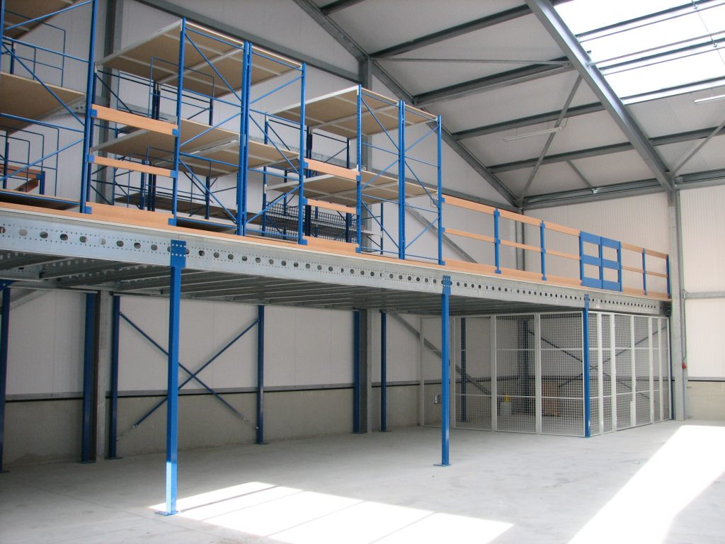 Mezzanine floor system europe racking for How to build a mezzanine floor in a garage